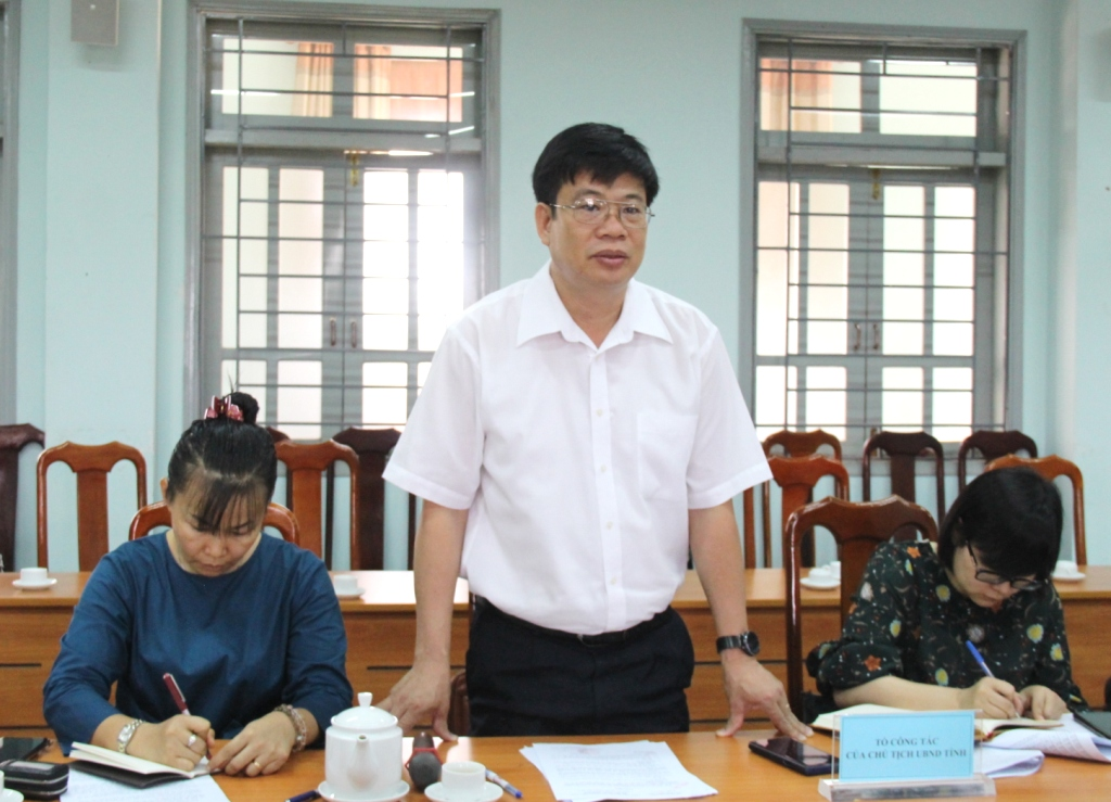 Tổ công tác của UBND tỉnh làm việc tại Sở Văn hoá, Thể thao và Du lịch