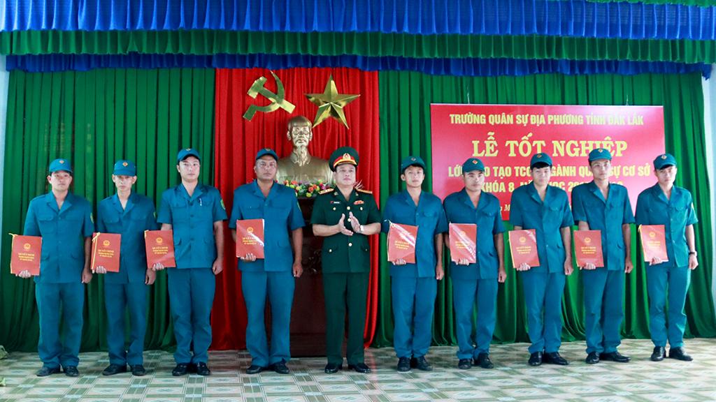 Lễ tốt nghiệp Lớp đào tạo Trung cấp chuyên nghiệp ngành quân sự cơ sở khóa 8, năm học 2017 – 2019
