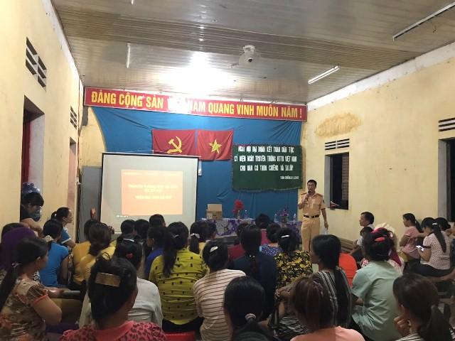 Hội Liên hiệp Phụ nữ huyện Ea Súp tổ chức truyền thông tại 6 xã trên địa bàn huyện