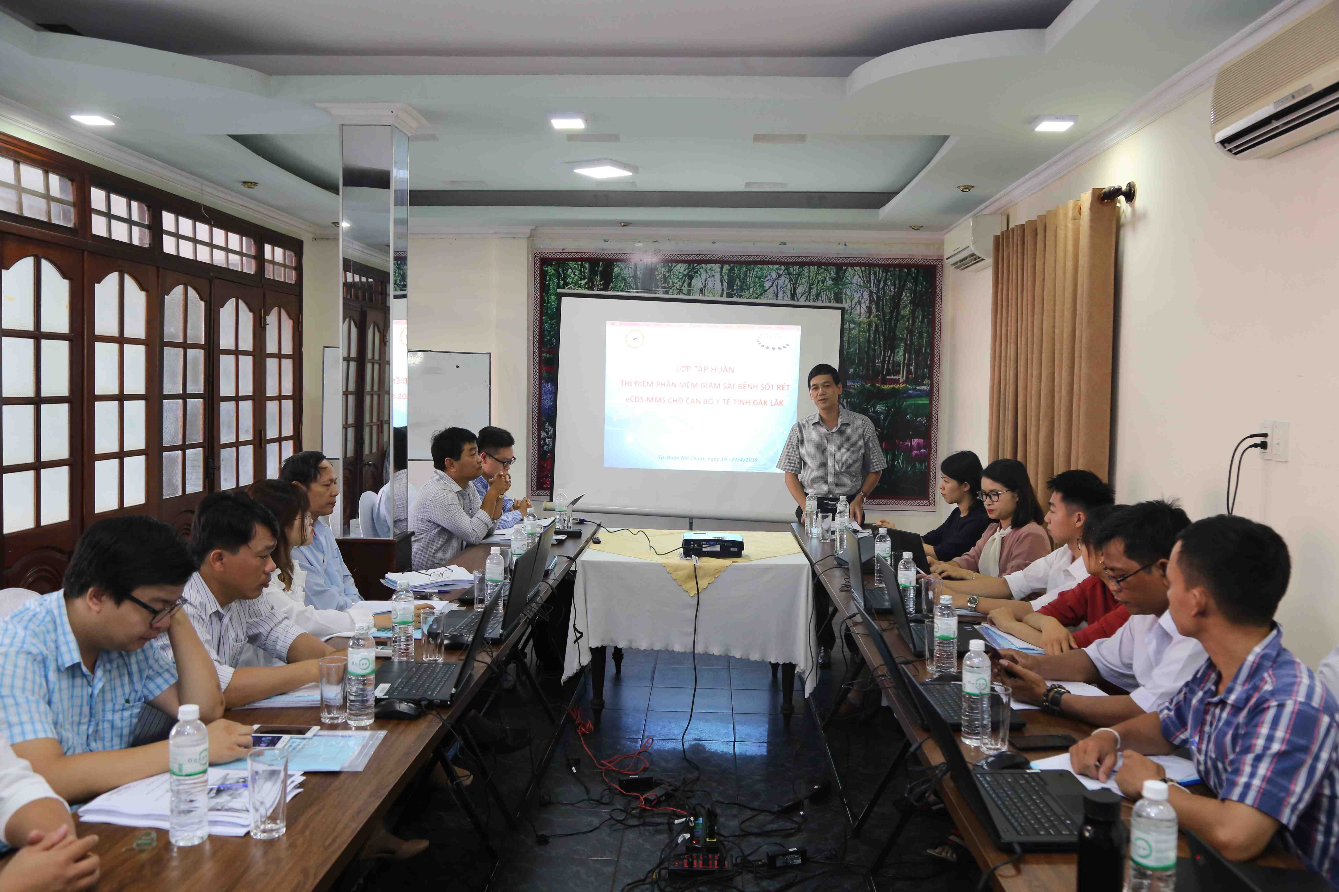 Tập huấn thí điểm phần mềm giám sát sốt rét eCDS-MMS cho ngành y tế tỉnh Đắk Lắk