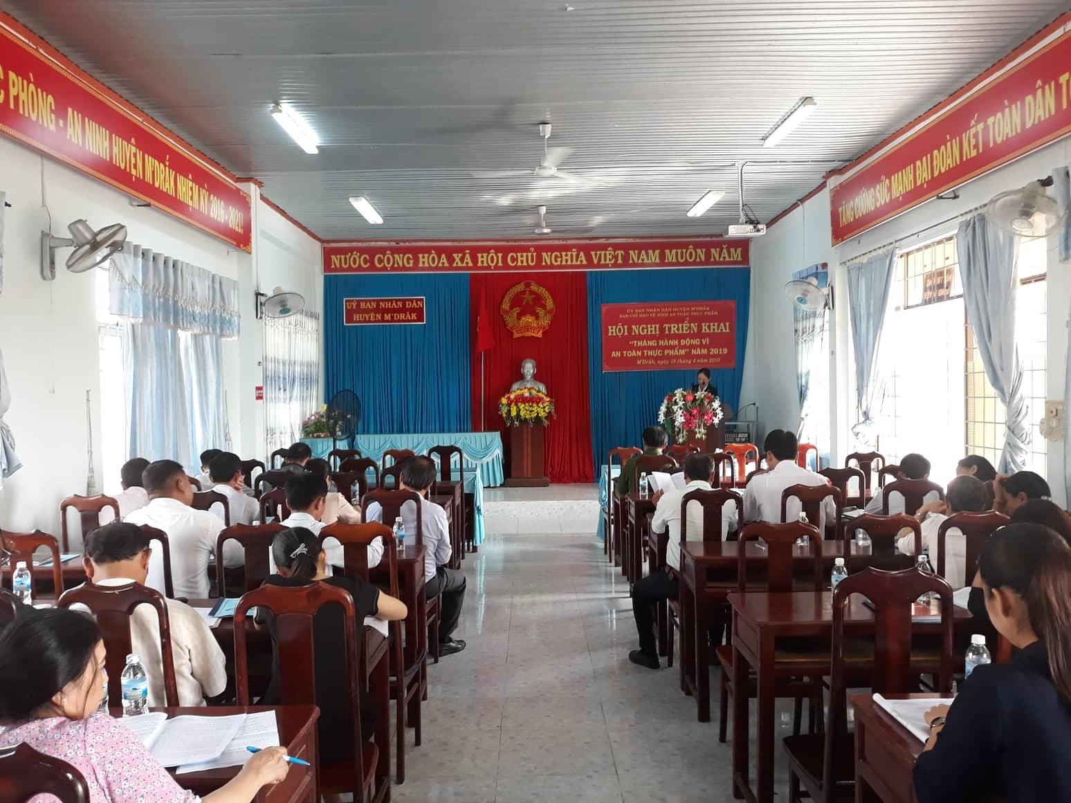Huyện M'Đrắk triển khai tháng hành động vì an toàn thực phẩm năm 2019
