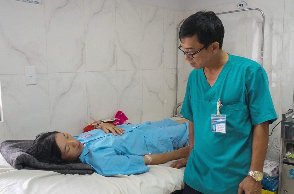 Cứu sống sản phụ băng huyết nặng do sinh con tại nhà
