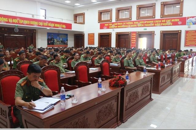 Công an tỉnh Đắk Lắk tổ chức tập huấn chuyên đề công tác pháp chế