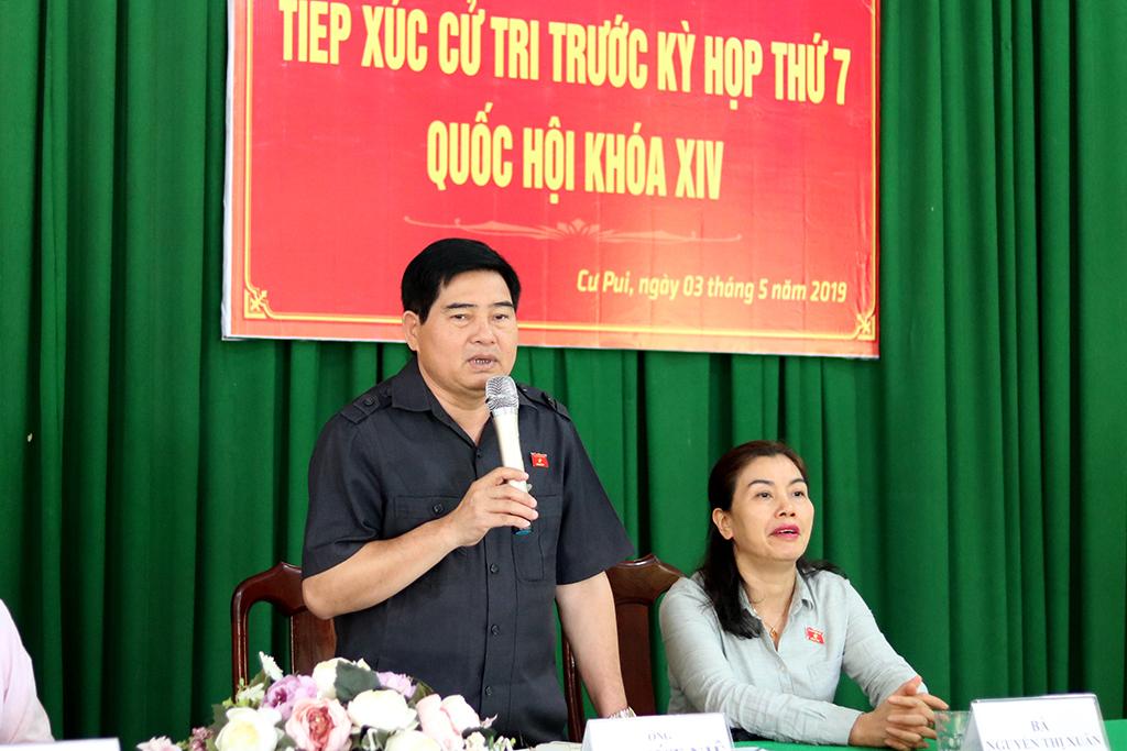 Cử tri huyện Krông Bông kiến nghị đầu tư nâng cấp cơ sở hạ tầng địa phương