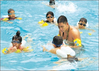 Triển khai Chương trình bơi an toàn phòng chống đuối nước trẻ em năm 2019