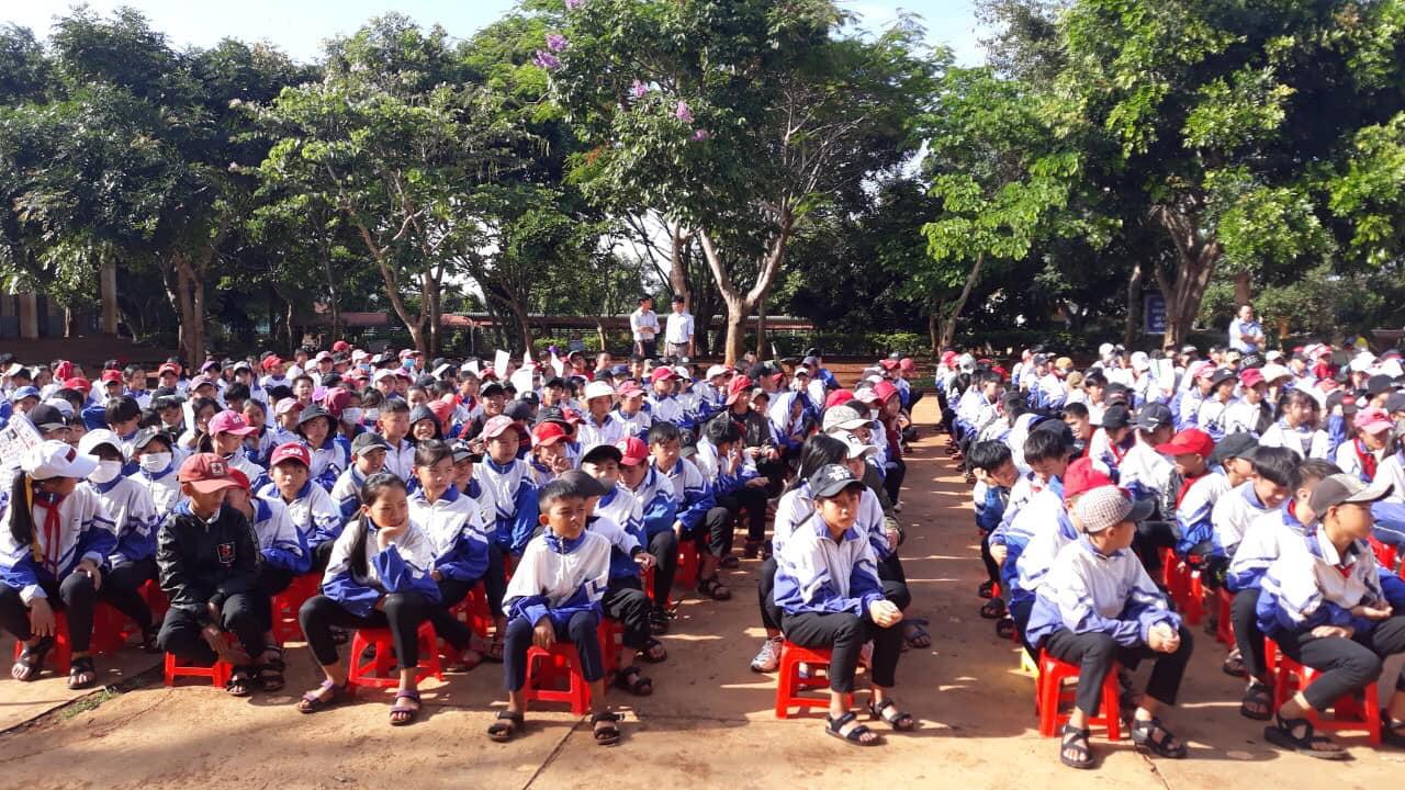 Hội Liên hiệp Phụ nữ xã Ea Tân, huyện Krông Năng tổ chức truyền thông An toàn sức khỏe, tính mạng cho học sinh