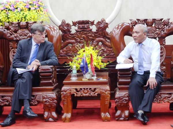 UBND tỉnh tiếp Đại sứ đặc mệnh toàn quyền Australia tại Việt Nam