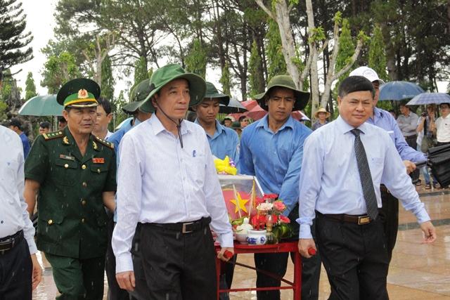 Đắk Lắk truy điệu và an táng 17 hài cốt liệt sỹ quân tình nguyện, chuyên gia Việt Nam hy sinh tại Campuchia