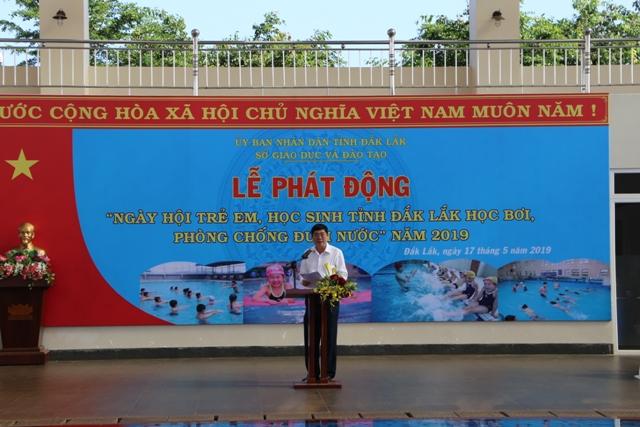 """Lễ phát động """" Ngày hội trẻ em học sinh tỉnh Đắk Lắk học bơi phòng chống đuối nước năm 2019"""""""