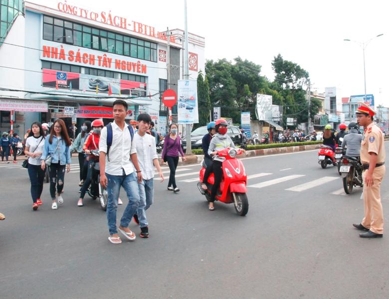 Bảo đảm an toàn giao thông cho Kỳ thi THPT Quốc gia năm 2019