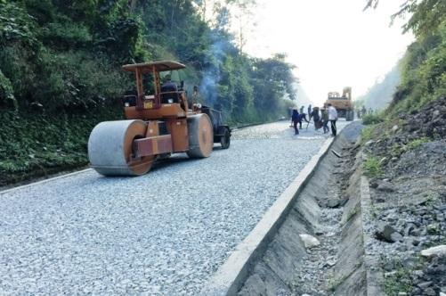 Đề xuất kế hoạch đầu tư công trung hạn 5 năm 2021-2025 các dự án ngành Giao thông và Nông nghiệp phát triển nông thôn trên địa bàn tỉnh
