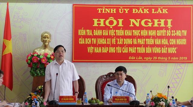 Đoàn công tác của Ban Tuyên giáo Trung ương kiểm tra, đánh giá việc triển khai Nghị quyết số 33-NQ/TW trên địa bàn tỉnh