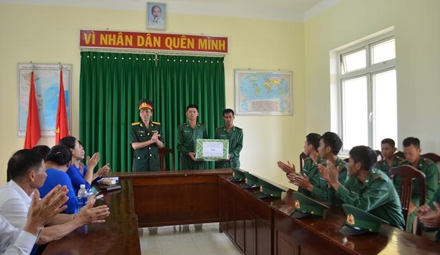 Bộ Chỉ huy BĐBP tỉnh Đắk Lắk tổ chức Lễ Tuyên thệ chiến sĩ mới năm 2019
