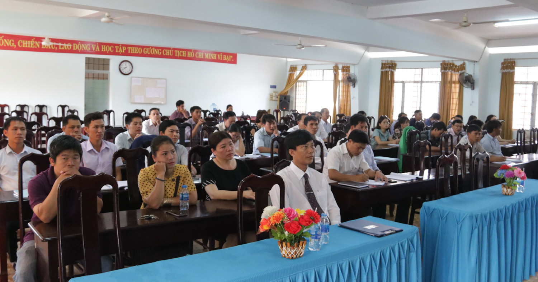 Trường Chính trị tỉnh: Khai giảng lớp bồi dưỡng kiến thức quản lý Nhà nước ngạch Chuyên viên đợt 1, năm 2019