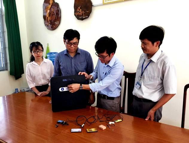 Chế tạo máy phát hiện thiết bị công nghệ cao gian lận trong thi cử