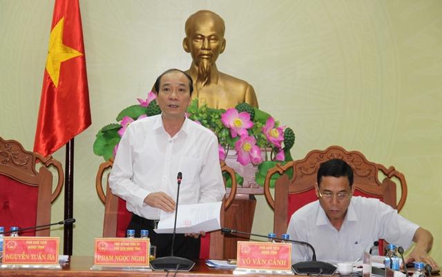 UBND tỉnh họp thông qua các nội dung trình kỳ họp thứ 8, HĐND tỉnh khóa IX.
