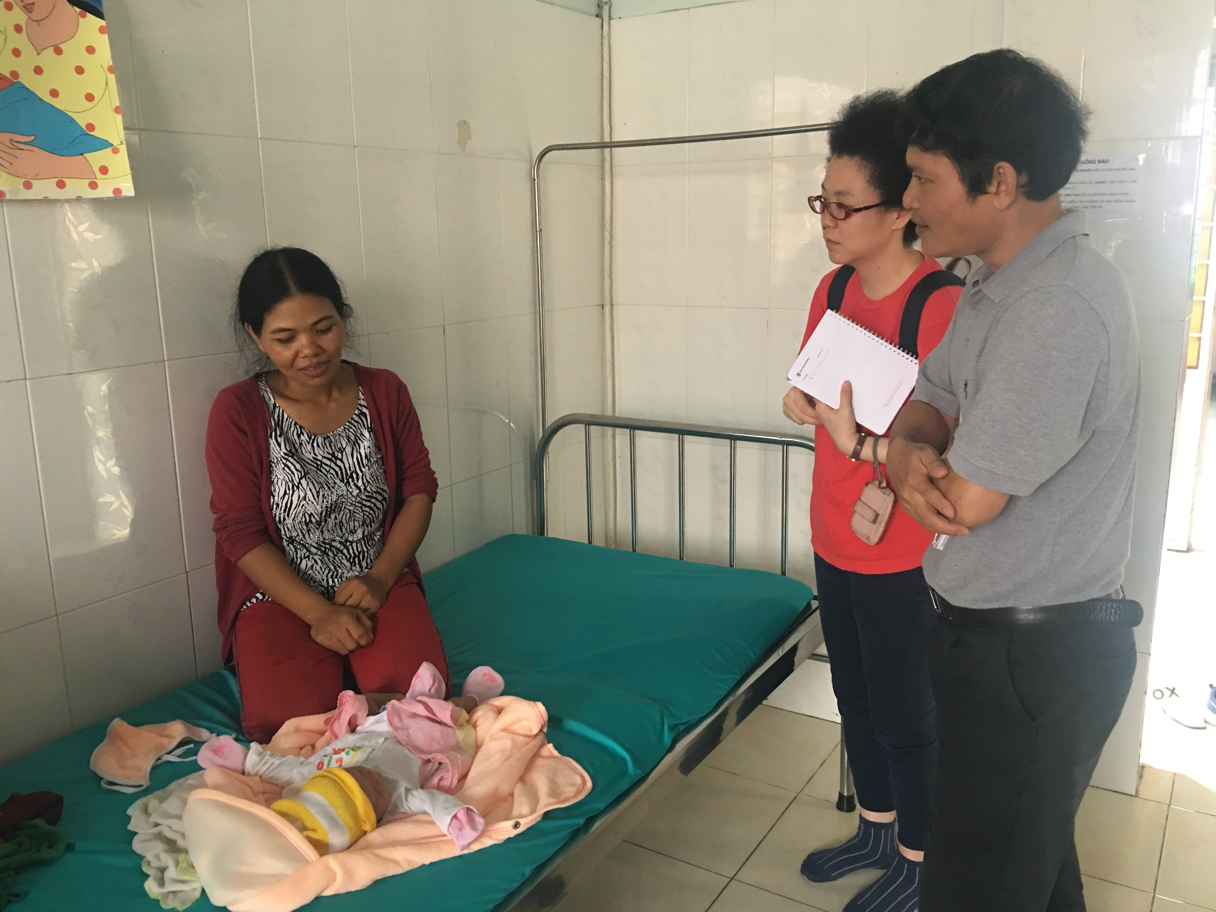 Giám sát, đánh giá các hoạt động truyền thông Chăm sóc sức khỏe bà mẹ và trẻ sơ sinh tại huyện Lắk