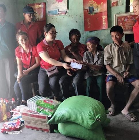 Hội từ thiện Hành trình đỏ huyện M'Đrắk : Thăm tặng quà gia đình khó khăn tại xã Cư M'ta