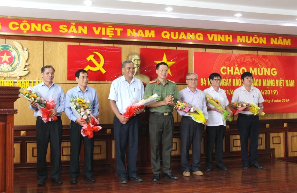 Công an tỉnh Đắk Lắk gặp mặt các cơ quan báo chí trên địa bàn nhân Kỷ niệm 94 năm Ngày Báo chí cách mạng Việt Nam