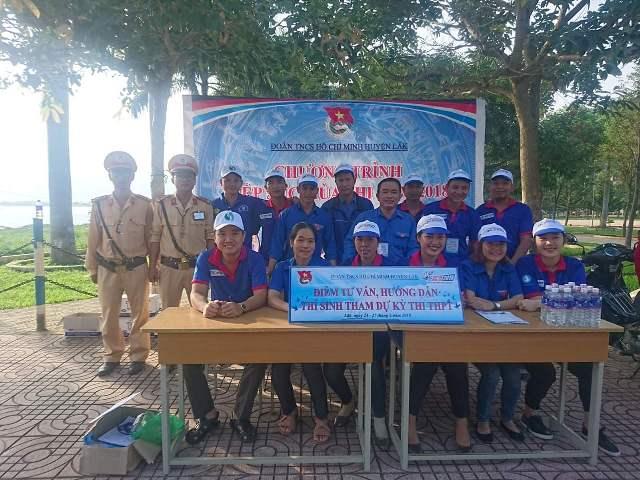 Huyện đoàn Lắk tích cực vận động kinh phí hỗ trợ thí sinh có hoàn cảnh khó khăn