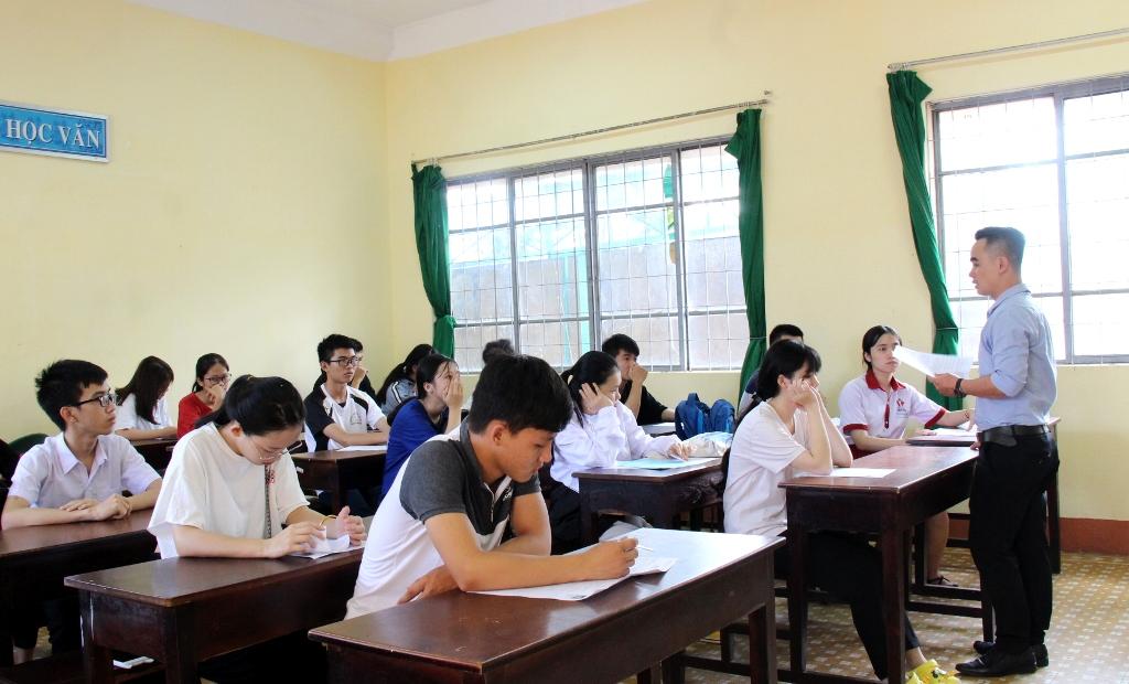 98,85% thí sinh đến làm thủ tục dự thi THPT Quốc gia 2019