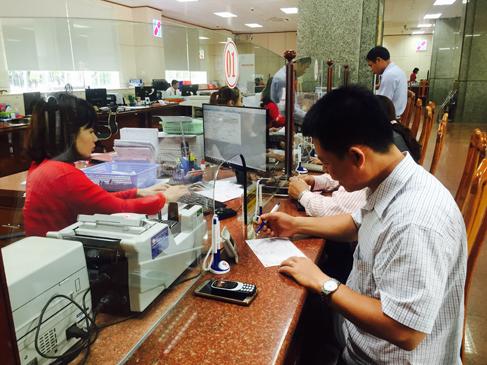 Tiếp tục chỉ đạo thực hiện Quyết định số 241/QĐ-TTg của Thủ tướng Chính phủ về thanh toán không dùng tiền mặt đối với dịch vụ công.