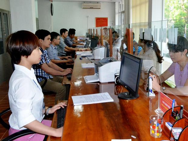 Thực hiện Công văn số 2864/BNV-TCBC của Bộ Nội vụ.
