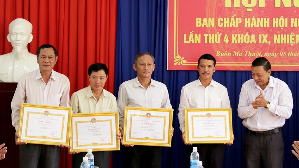 Hội nghị Ban Chấp hành Hội Nông dân tỉnh lần thứ 4, khóa IX