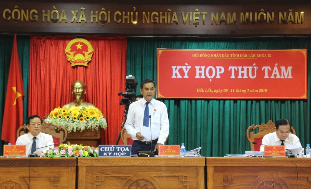 Kỳ họp thứ Tám, HĐND tỉnh khóa IX tiến hành chất vấn và trả lời chất vấn