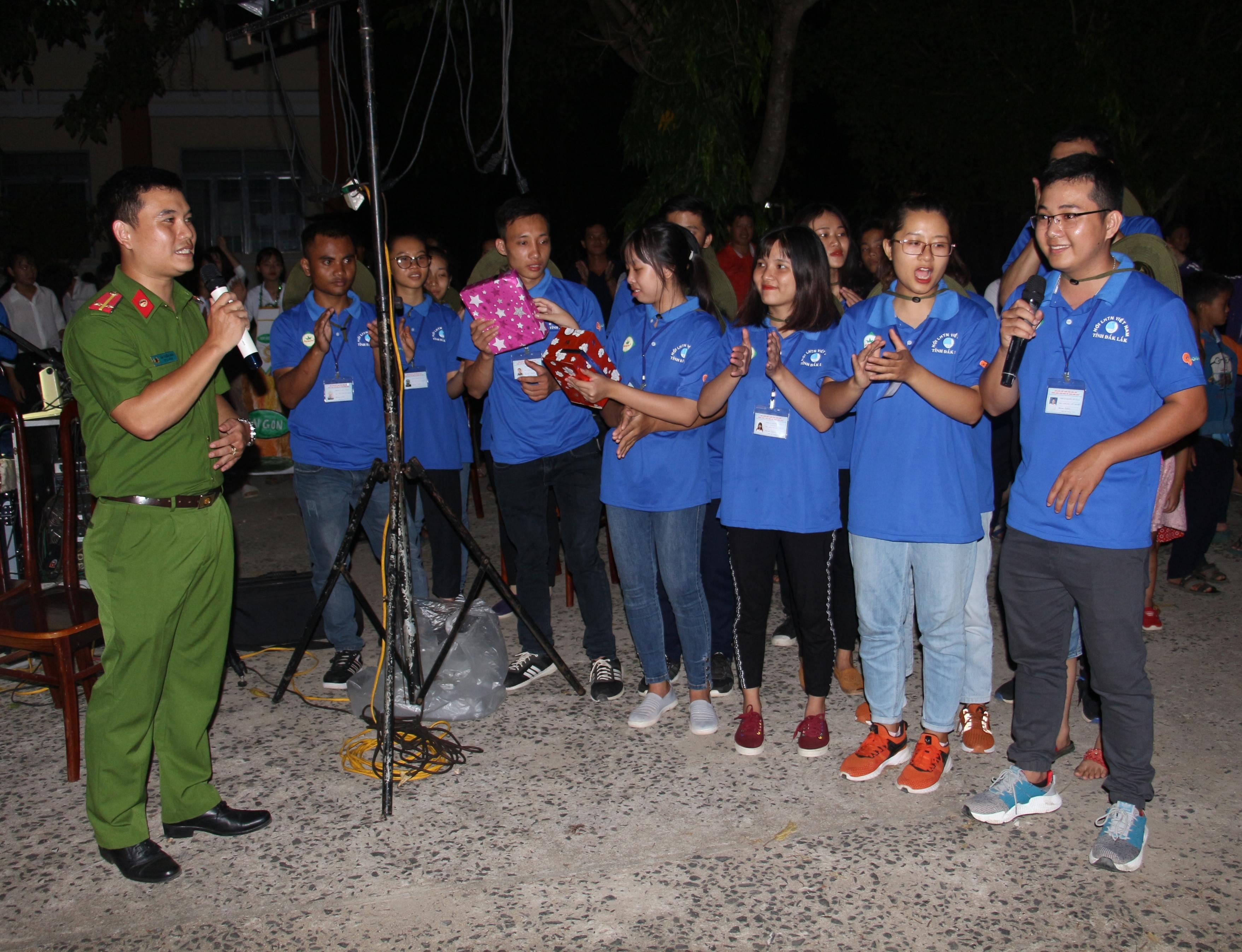 Tuyên truyền ca khúc cách mạng và phổ biến, giáo dục pháp luật trong chiến dịch Mùa hè xanh 2019