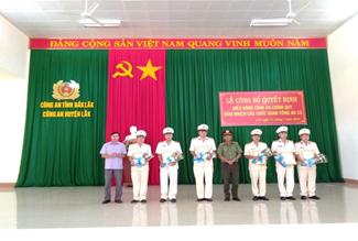 Huyện Lắk điều động 15 Công an chính quy đảm nhiệm các chức danh Công an xã