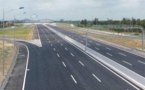 Triển khai thực hiện Quyết định của Thủ tướng Chính phủ về phê duyệt Quy hoạch phát triển mạng đường bộ cao tốc Việt Nam