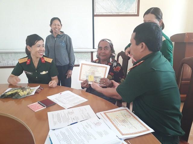 Ban Chỉ huy Quân sự huyện M'Đrắk: Chi trả trên 280 triệu đồng cho các đối tượng chính sách