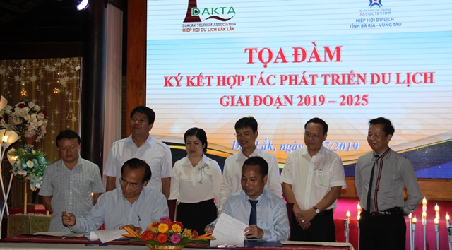 Tọa đàm, ký kết hợp tác phát triển du lịch Đắk Lắk và Bà Rịa – Vũng Tàu giai đoạn 2019-2025