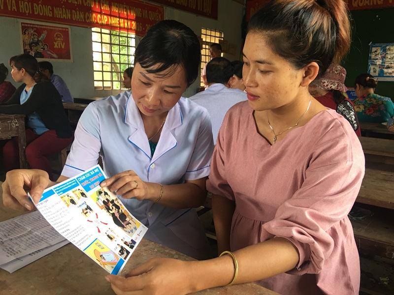 Trạm Y tế xã Buôn Triết, huyện Lắk nâng cao nhận thức trong chăm sóc sức khỏe bà mẹ và trẻ sơ sinh