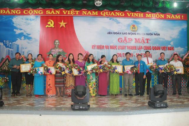 Liên đoàn Lao động huyện Buôn Đôn: Gặp mặt kỷ niệm 90 năm Ngày thành lập Công đoàn Việt Nam