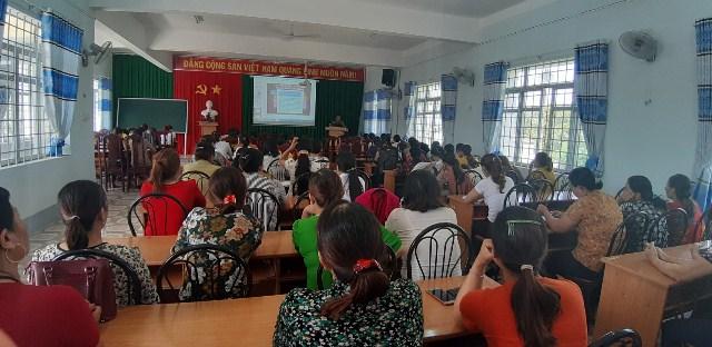 Hội LHPN Ea Kar tổ chức tập huấn nghiệp vụ công tác phụ nữ năm 2019