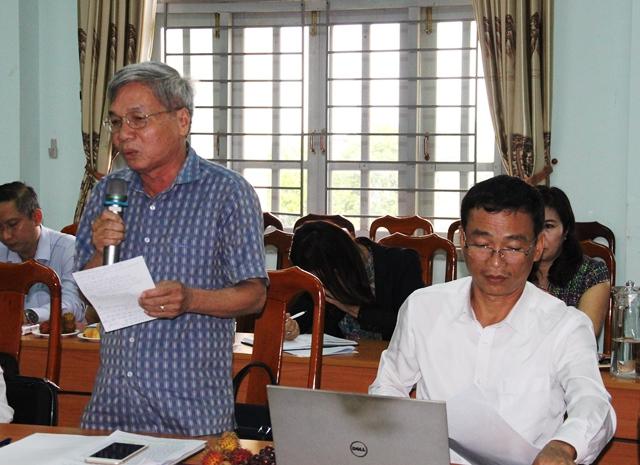 Lãnh đạo UBND huyện Lắk tham gia ý kiến tại cuộc họp