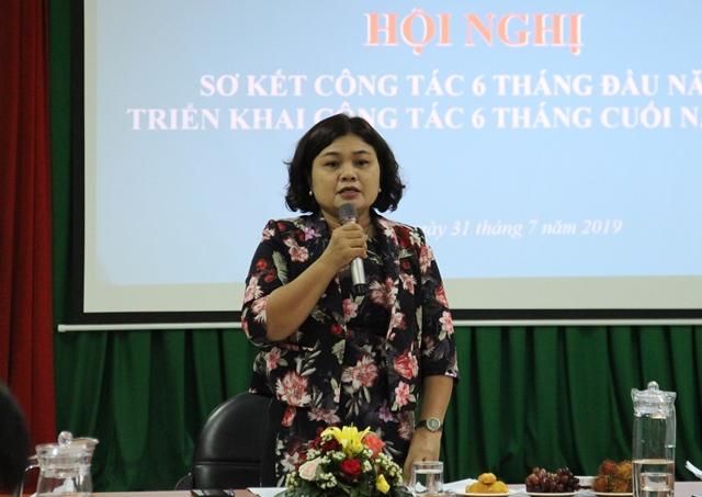 Phó Chủ tịch UBND tỉnh, Trưởng Ban Chỉ đạo phát triển Du lịch H'Yim Kđoh phát biểu chỉ đạo tại cuộc họp