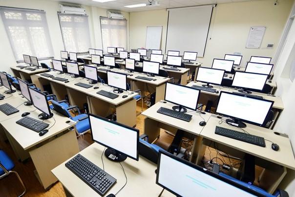 Đôn đốc rà soát tiêu chuẩn, định mức sử dụng máy móc, thiết bị chuyên dùng thuộc lĩnh vực y tế, giáo dục