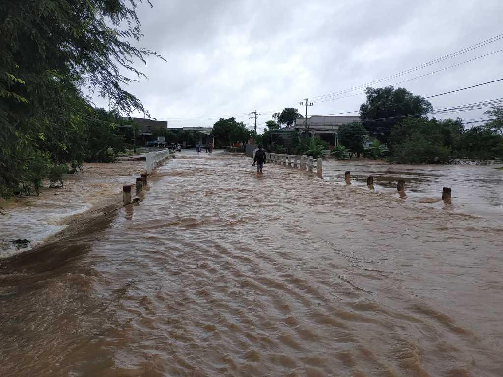 Ứng phó khẩn cấp với mưa lớn gây lũ, ngập lụt và sạt lỡ trên địa bàn tỉnh