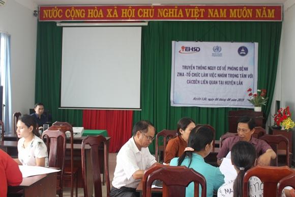Truyền thông về cách phòng bệnh sốt xuất huyết và Zika tại huyện Lắk