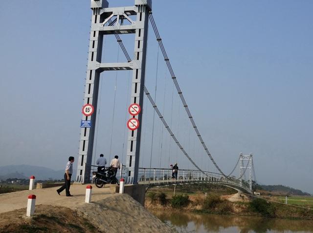 Thực hiện dự án Cầu vượt sông Krông Ana và đường hai đầu cầu nối Tỉnh lộ 2 với Tỉnh lộ 7
