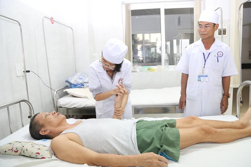 Phát huy hiệu quả điều trị bệnh bằng y học cổ truyền tại Bệnh viện Đa khoa vùng Tây Nguyên