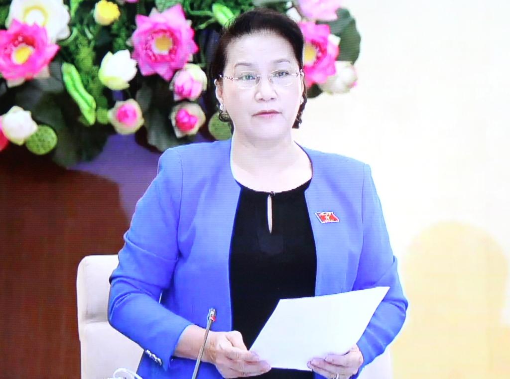 Phiên chất vấn và trả lời chất vấn về việc thực hiện các nghị quyết, kết luận của Ủy ban Thường vụ Quốc hội