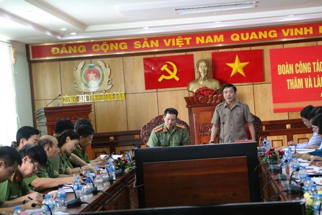 Đoàn công tác của Thường trực Tỉnh ủy làm việc với Công an tỉnh Đắk Lắk