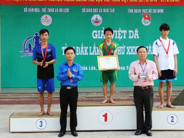 Hơn 500 vận động viên tham gia Giải Việt dã tỉnh Đắk Lắk năm 2016.