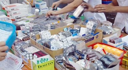 Phê duyệt kế hoạch lựa chọn nhà thầu dự án: mua sắm thuốc cấp bách điều trị sốt xuất huyết