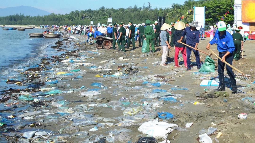 """Triển khai các hoạt động hưởng ứng phong trào """"Chống rác thải nhựa"""" trên địa bàn tỉnh"""
