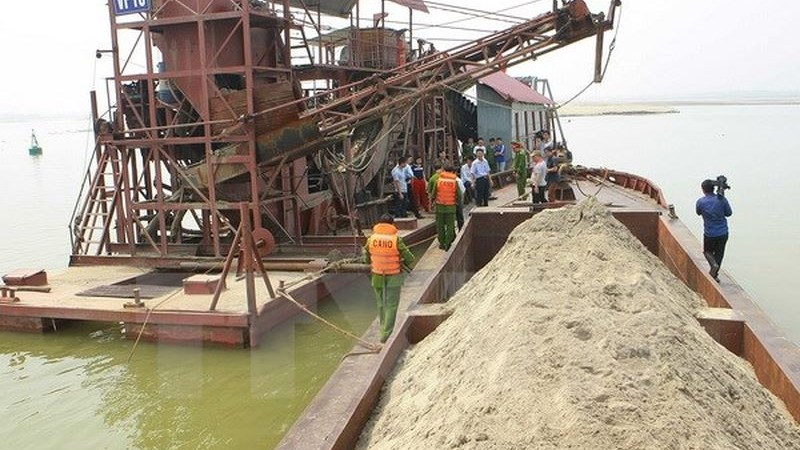 Tăng cường công tác quản lý nhà nước về khoáng sản.